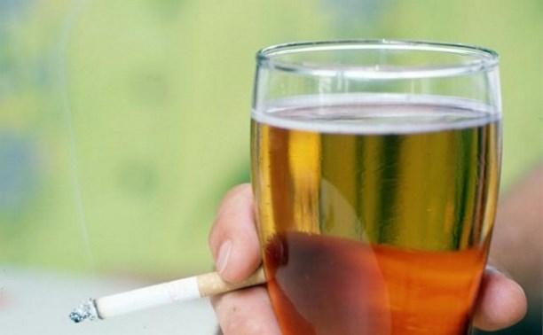 Минкомсвязи попросило временно снять запрет на рекламу пива и табака