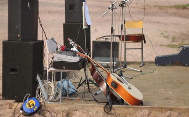 За проигрывание музыки в общественном месте придется платить