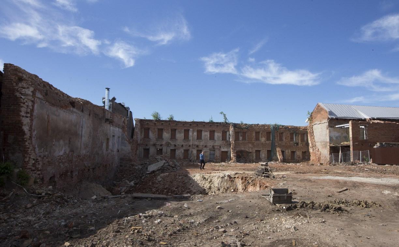 Как зачищают музейный квартал в Туле. Фоторепортаж