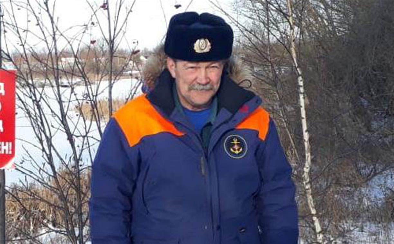 В Тульской области сотрудник МЧС на лыжах спас пострадавшего