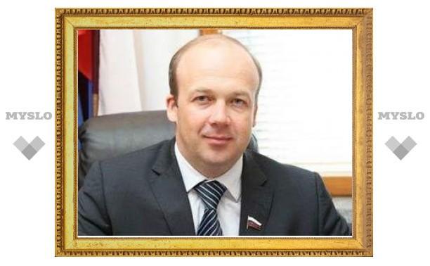 Единоросы уличили суды и силовиков в саботаже решений Медведева
