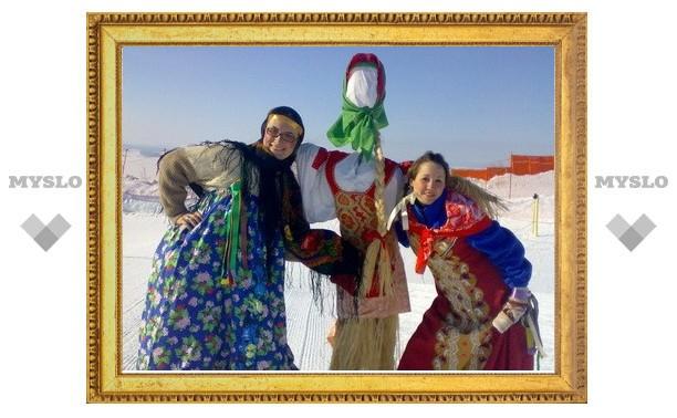Тулякам предлагают придумать лучший русский народный костюм
