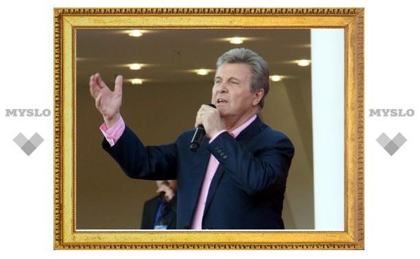 Рогозин и Груздев спели хором со Львом Лещенко