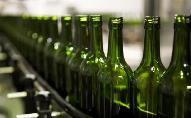 Жителя Новомосковска приговорили к 8 месяцам тюрьмы за торговлю контрафактным алкоголем