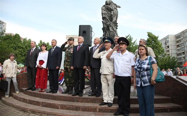 Главный полицейский области почтил память погибших коллег