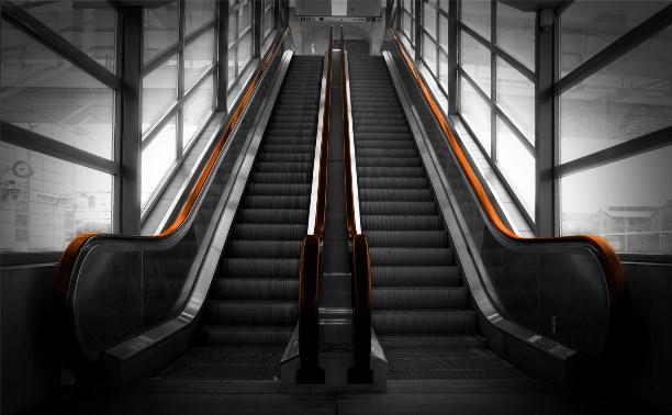 В супермаркете на улице М. Горького мужчине оторвало ногу эскалатором