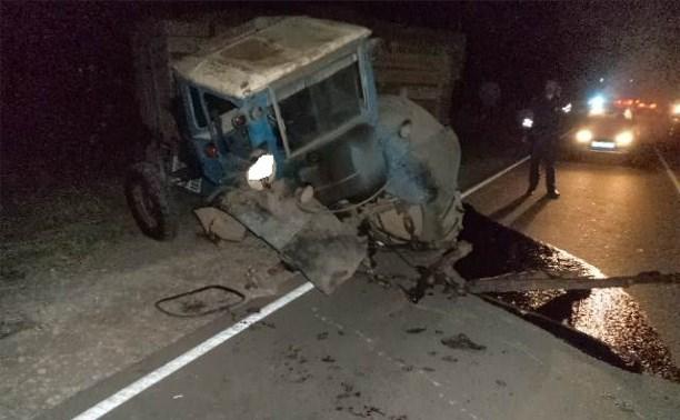 Под Алексином мужчина погиб в столкновении «Лады» и трактора