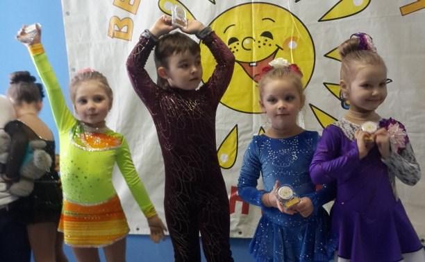 Юные фигуристы из Новомосковска успешно выступили на соревнованиях в Обнинске