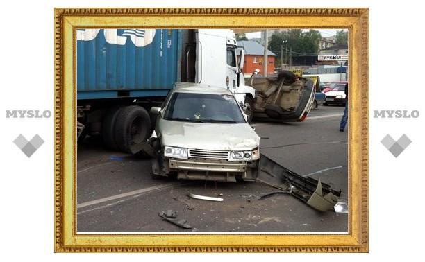 В Туле столкнулись несколько автомобилей