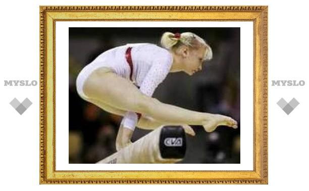 Женская сборная России по гимнастике отравилась чизкейком