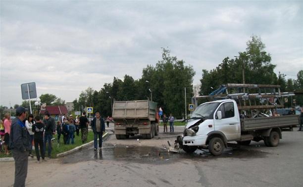 Под Тулой столкнулись грузовая ГАЗель и КАМАЗ