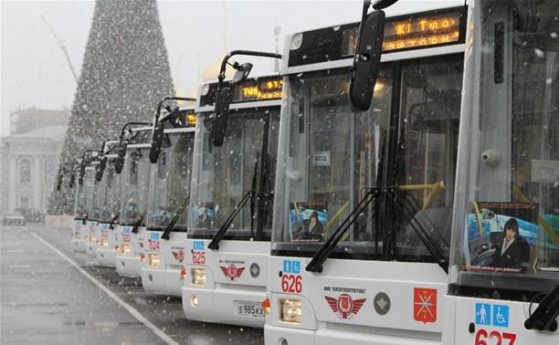 Автобусный парк пополнился 24 новыми низкопольными автобусами