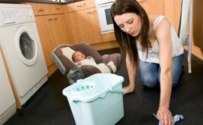 Семьям с детьми-погодками будет помогать соцработник