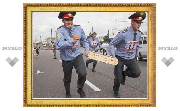 Тульские полицейские побегают по проспекту Ленина
