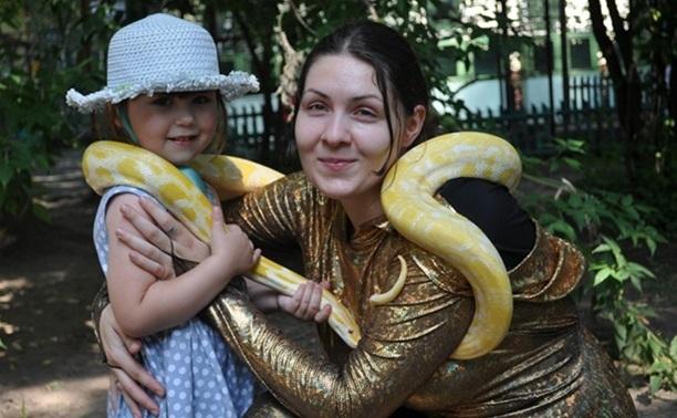 Туляков приглашают на 10-й парад змей
