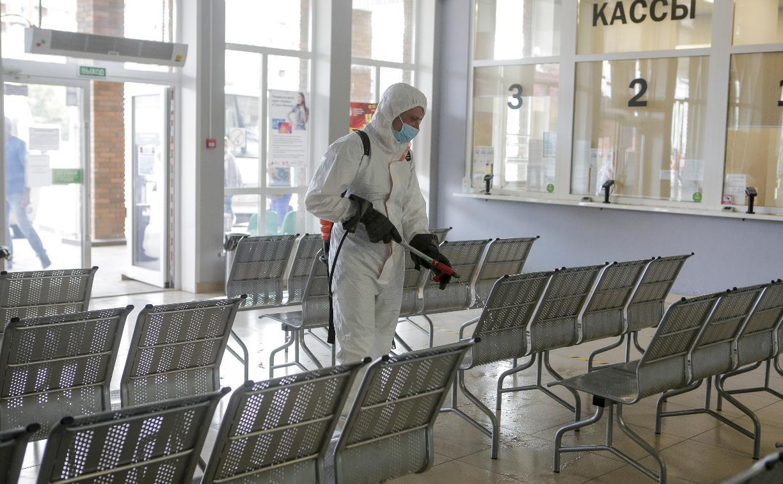 Тульские спасатели продезинфицировали автостанцию «Восточная»: фоторепортаж