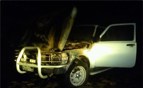В Киреевском районе неизвестный поджег автомобиль