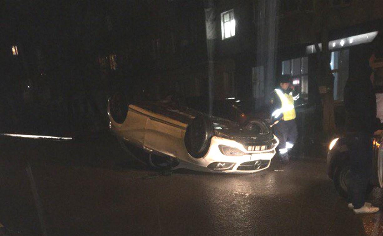В Туле пьяная автоледи, протаранившая три автомобиля, расплакалась в машине ДПС