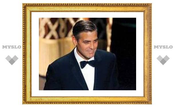 """Самый сексуальный мужчина мира Джордж Клуни """"сделал глаза"""""""