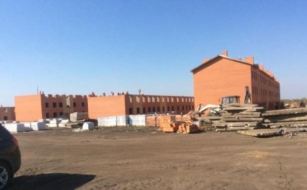 Шесть домов для переселенцев в Кимовском районе сдадут до конца года