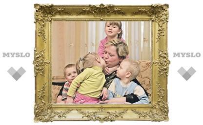Многодетная мать Лариса Шмакова из Новомосковска: Мою дочь избили в детском саду!