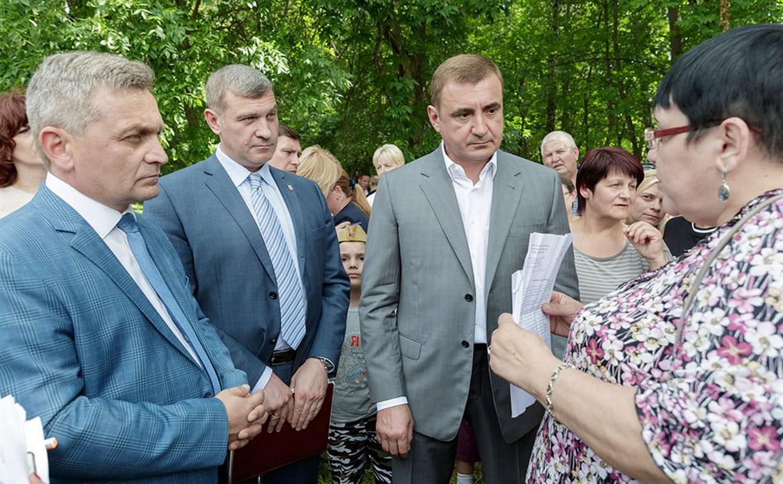 Жители Болохово пожаловались Алексею Дюмину на недостроенный ФОК