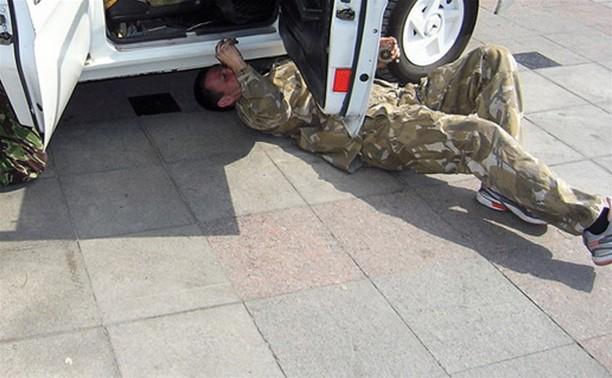 """Ночью в Донском полицейские """"разминировали"""" автомобиль"""