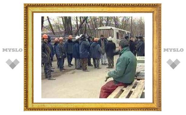 Каждый десятый работодатель в России отказался от мигрантов