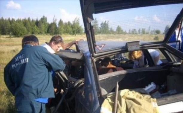 В результате ДТП под Кимовском водителя «Москвича» зажало в автомобиле