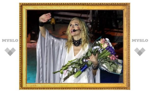Кристина Орбакайте привезла в Тулу мужа