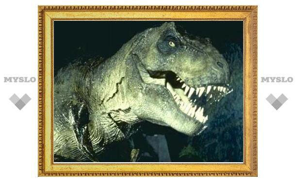 Тираннозавры массово гибли из-за воспаления горла