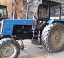 Под Тулой «Ауди» врезался в трактор
