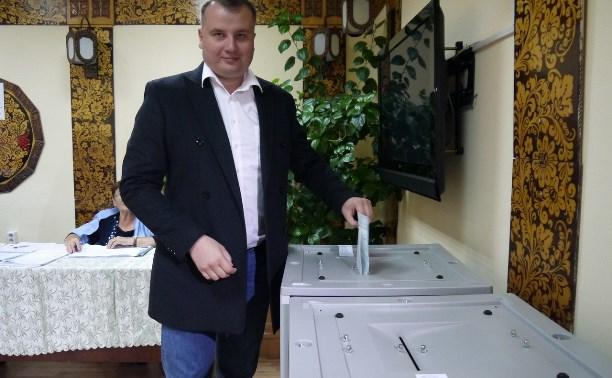 Виктор Дзюба проголосовал за депутатов Госдумы и губернатора Тульской области
