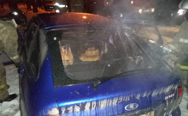 Рано утром в Щёкино сгорели две легковушки