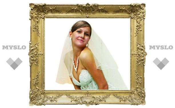 Невеста-2011: платье в пол, кружева и шпилька!