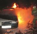 Ночью в Тульской области сгорели «десятка» и деревянный сарай с сеном