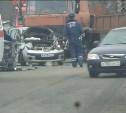 На Новомосковском шоссе в Туле МАЗ подмял под себя две легковушки