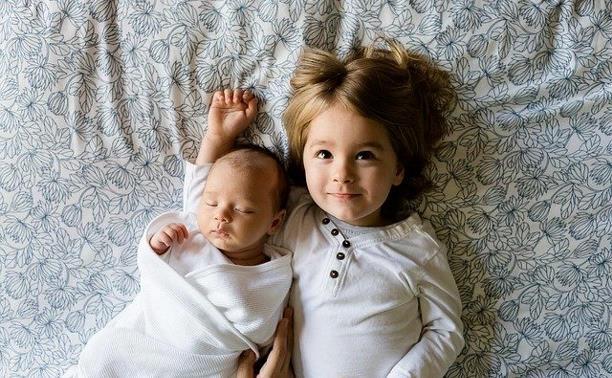 Дополнительные выплаты: семьи с детьми до 7 лет получат к Новому году по 5000 рублей