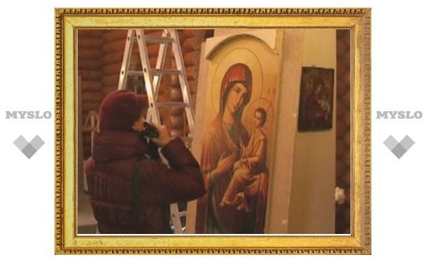 В тульском храме, где мироточат иконы, пройдет Божественная Литургия