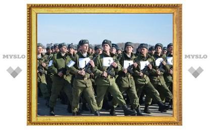 Тульские военнослужащие отрепетировали парад к 9 мая