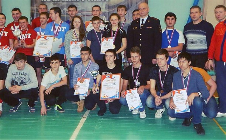 Алексинские полицейские провели праздник для молодёжи