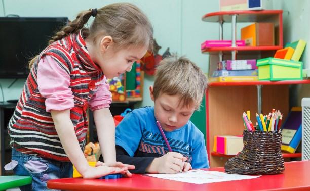 Работу детских садов в Туле предлагают продлить до 22.00