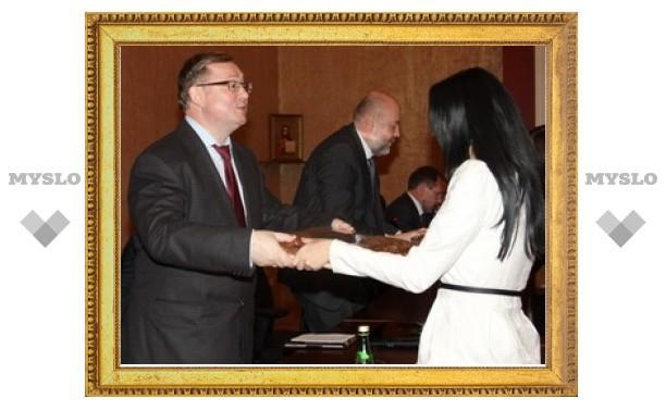 Тульские юристы будут сдавать квалификационный экзамен?