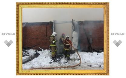 Площадь пожара на складе в Туле составила 1200 квадратных метров