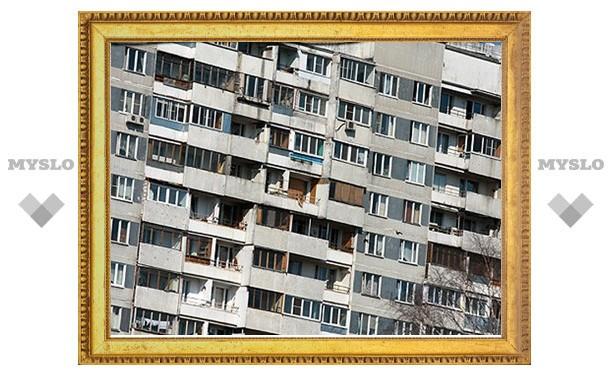 В Туле из окна 8 этажа выбросилась женщина