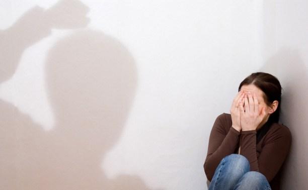 В Чернском районе жена спасалась бегством от разъярённого мужа