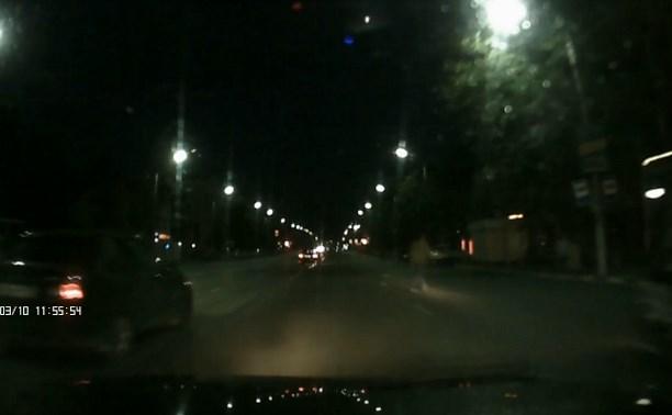 Авария на ул. Октябрьской с пешеходом и мотоциклистом попала на видеорегистратор