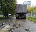 В Туле провалившийся грузовик на ул. Луначарского мог повредить коммуникации
