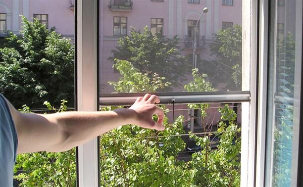 Житель Тульской области покалечился из-за назойливых комаров