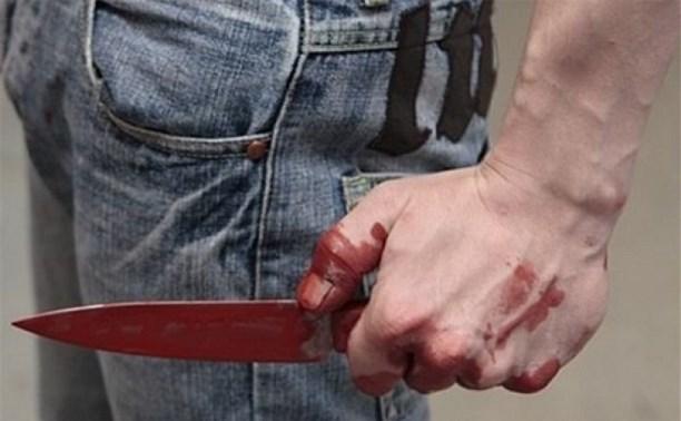 Житель Тульской области за сделанное ему замечание ударил прохожего ножом